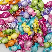 Пластиковые бусины, подвески  Цена за 20 грамм (прим. 20шт)