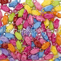 Пластиковые бусины, подвески  Цена за 20 грамм (прим. 40шт)