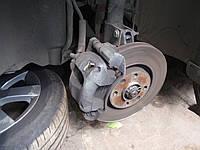 Замена тормозных колодок передних в Одессе