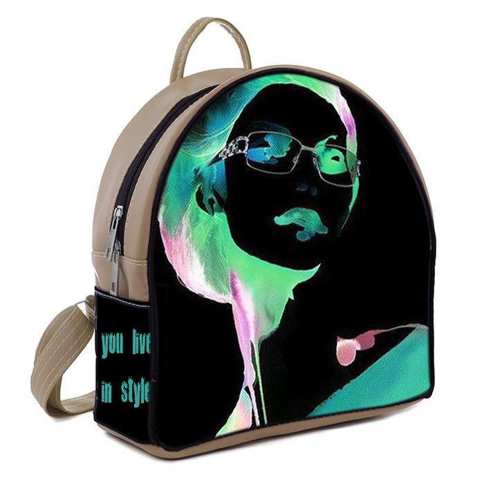 Бежевый молодежный городской рюкзак с принтом Девушка