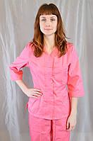 Розовый медицинский женский костюм с вышивкой