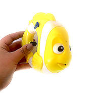 Пистолет водный в форме рыбки
