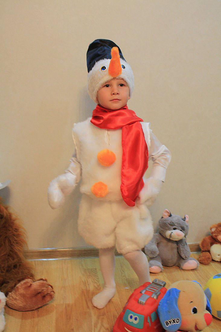 Детский новогодний костюм снеговика