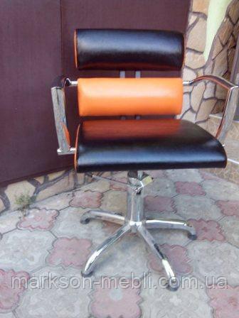 Кресло парикмахера на пластиковом пятилучье ТИФАНИ
