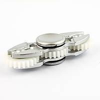 Спиннер пластиковый с тремя шестеренками серебристый Spinner plast 010-R
