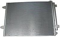 Радиатор кондиционера VW Passat 1.6-2.0 TDI 05-> 575*440 (с осушителем) 3C0820411C/E