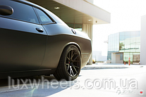 Dodge Challenger на дисках Vossen VPS-306