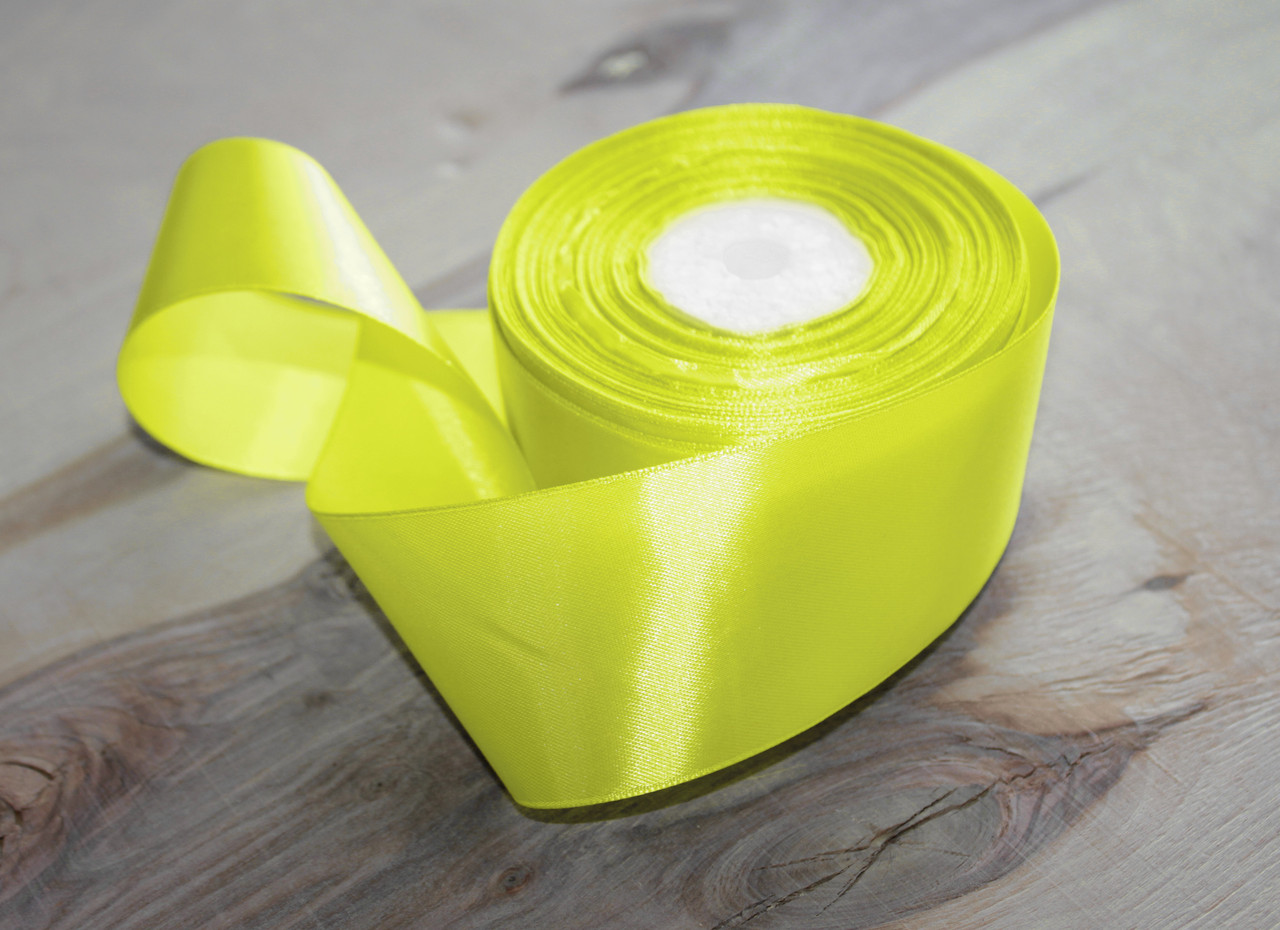 Атласная лента лимонная 4 см, 33м
