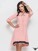 Коротенькое платье с завязками спереди красное