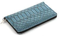 Недорогой удобным бирюзовый чехол-футляр для телефона на молнии с змеиным принтом (101095)