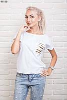 Стильная женская футболка свободного силуэта