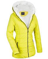 Женская стёганая удлиненная  зимняя куртка на меху Лимонный