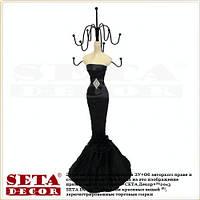 Подставка под бижутерию Леди в чёрном платье
