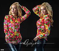 Рубашка с ярким цветочным принтом красная