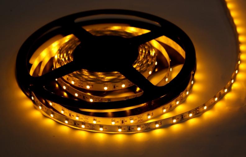 Светодиодная лента 3528-120 IP20 желтый