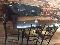 Комплект в столовую. Итальянскии обеденный стол (нераздвижной) и 6 стульев. До реставрации.