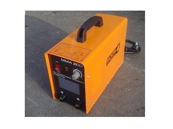 Сварочный аппарат-инвертор Искра ММА-200