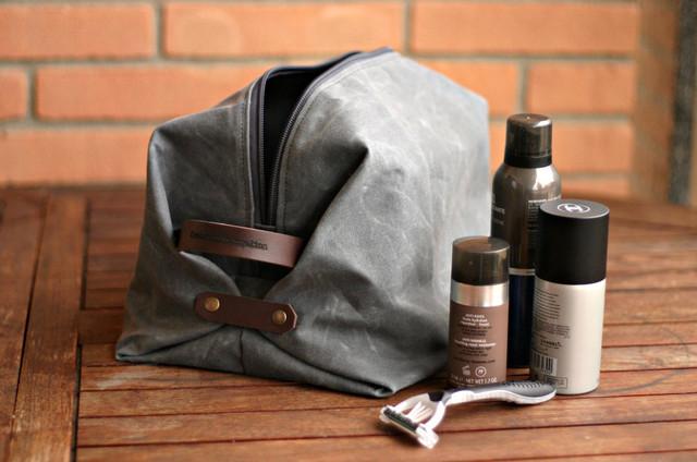 Мужские косметички и сумки