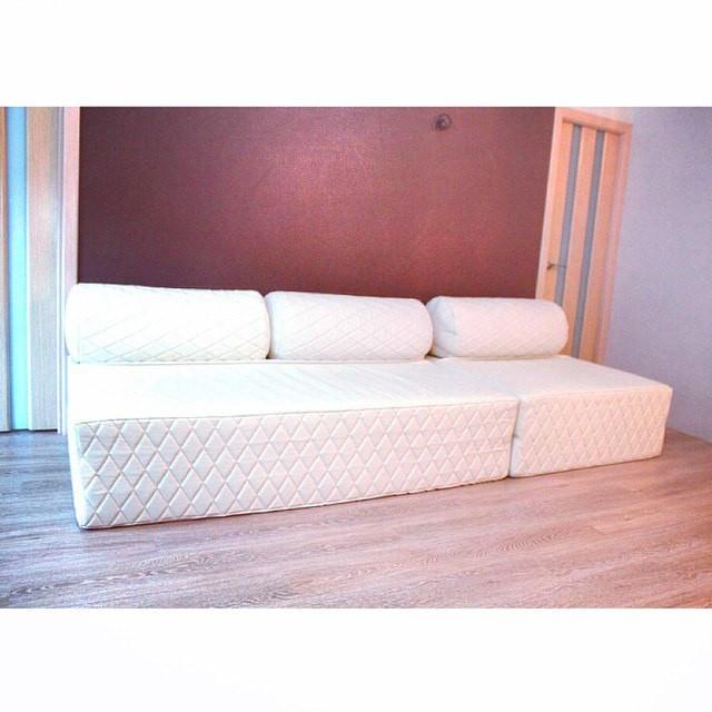 купить бескаркасная двуспальная кровать раскладной диван цена 110