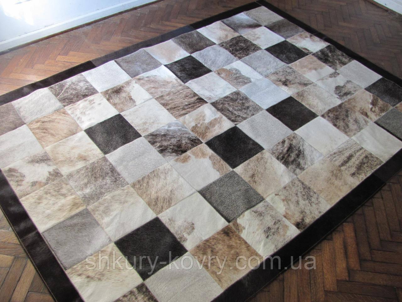 Сіро-бежевий тигровий дизайнерський килим з натуральної коров'ячої шкіри в Києві
