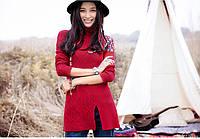 Модный пуловер с высоким воротником и цветочной вышивкой