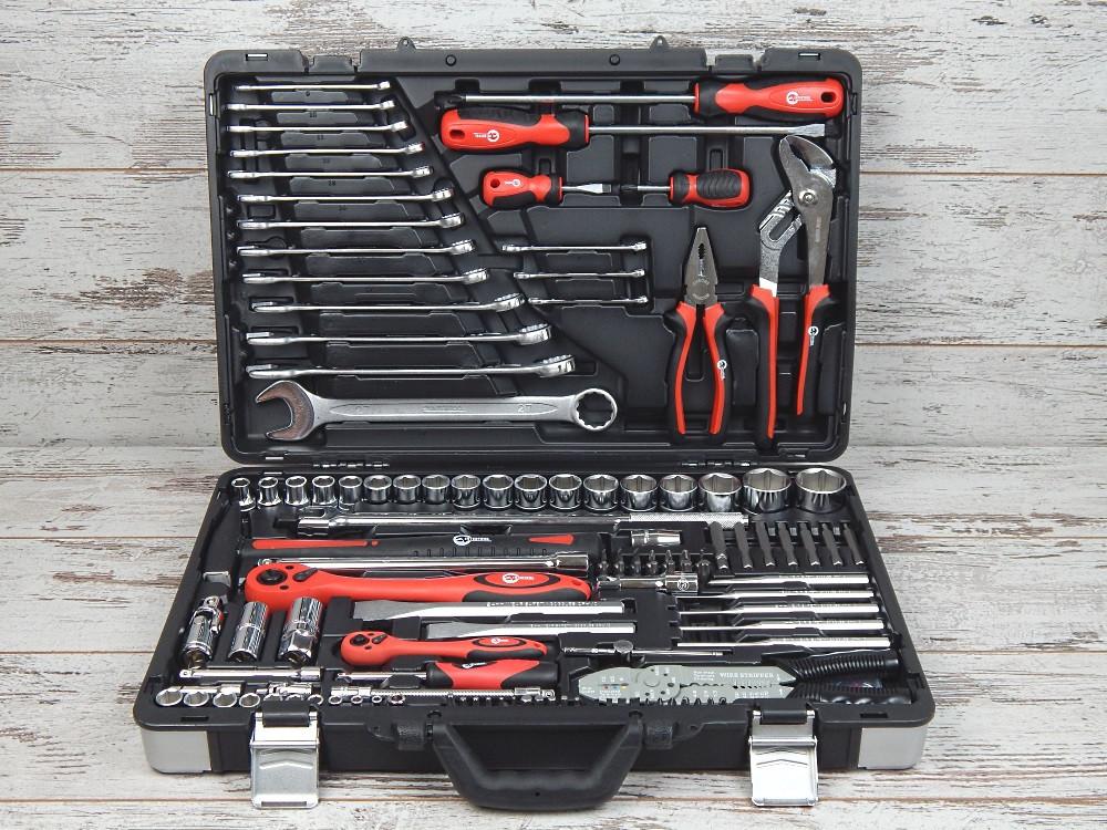 Набор инструментов Intertool ET-7145 (145 предметов)