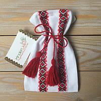 Мешочек для первого локона с красной вышивкой
