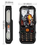 Противоударный телефон Land Rover (DBEIF D2016) 2 сим,2,8 дюйма,двойной фонарик,TV,13800 мА/ч., фото 4