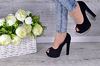 Туфли лабутены черные с открытым носком.