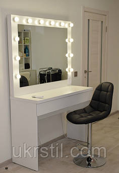 Рабочее место парикмахера-визажиста Roxi