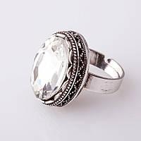 """Кольцо  с белым кристаллом оправа  """"зубчик"""" """"М"""" овальный  камень 2,1*1,6 см без р-р"""