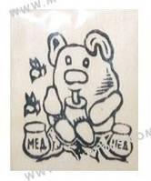 """Дер. заготовка """"Мишка с медом"""" на магните с контурами рисунка 6х9см Бук(171813)"""