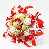 Букет из игрушек Мишки коричневые 9 с розами красный