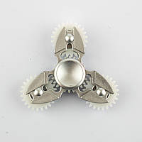 Спиннер пластиковый серебристый тройник с 4-мя шестерёнками Spinner plast 093-R