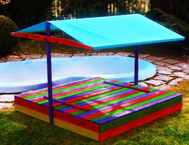 Детская игровая площадка с крышей (песочница с крышей + столик с лавочками)