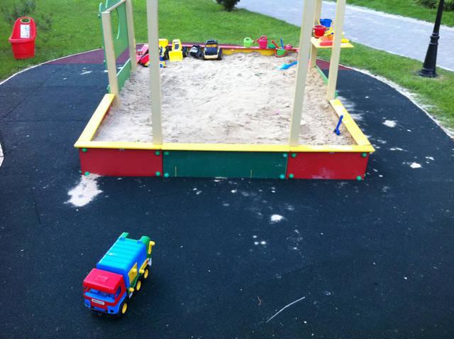 Детская площадка 160 кв метров ОСББ.