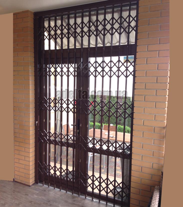 Раздвижные решетки на двери Шир.1715*Выс.2805мм для дома
