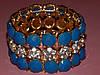 """Браслет """"Королевский"""" на резинке, голубые и белые камни, металл под золото 300379"""
