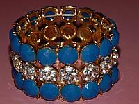 """Браслет """"Королевский"""" на резинке, голубые и белые камни, металл под золото 300379, фото 1"""