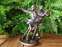 Коллекционная статуэтка Veronese Фигуристы 74832a4