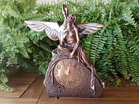 Коллекционные каминные (настольные) часы Veronese Девушка с лебедем WU74849A4
