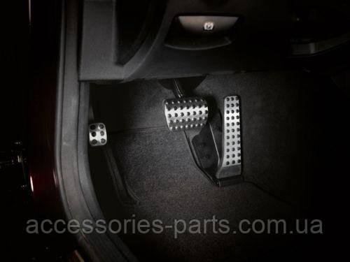 Накладки на педали к-т Mercedes-Benz C W204 / E W207/W212 / CLS C218 Новые Оригинальные