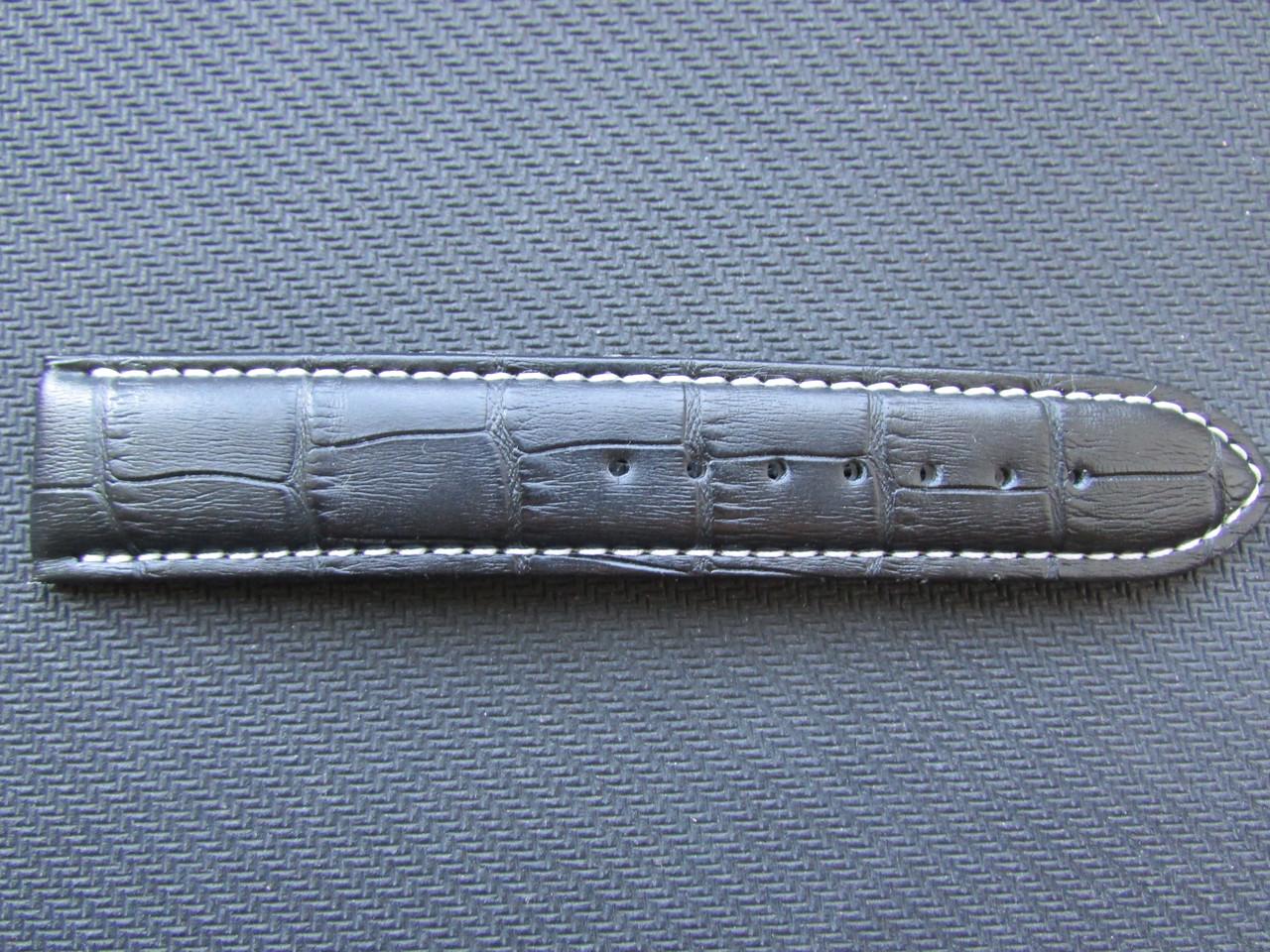 Неполный кожаный ремешок 22 мм + 4 шпильки и инструмент.