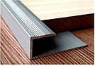 L-образный алюминиевый профиль