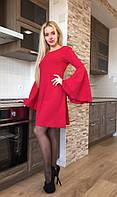 Платье с клешёнными  рукавами