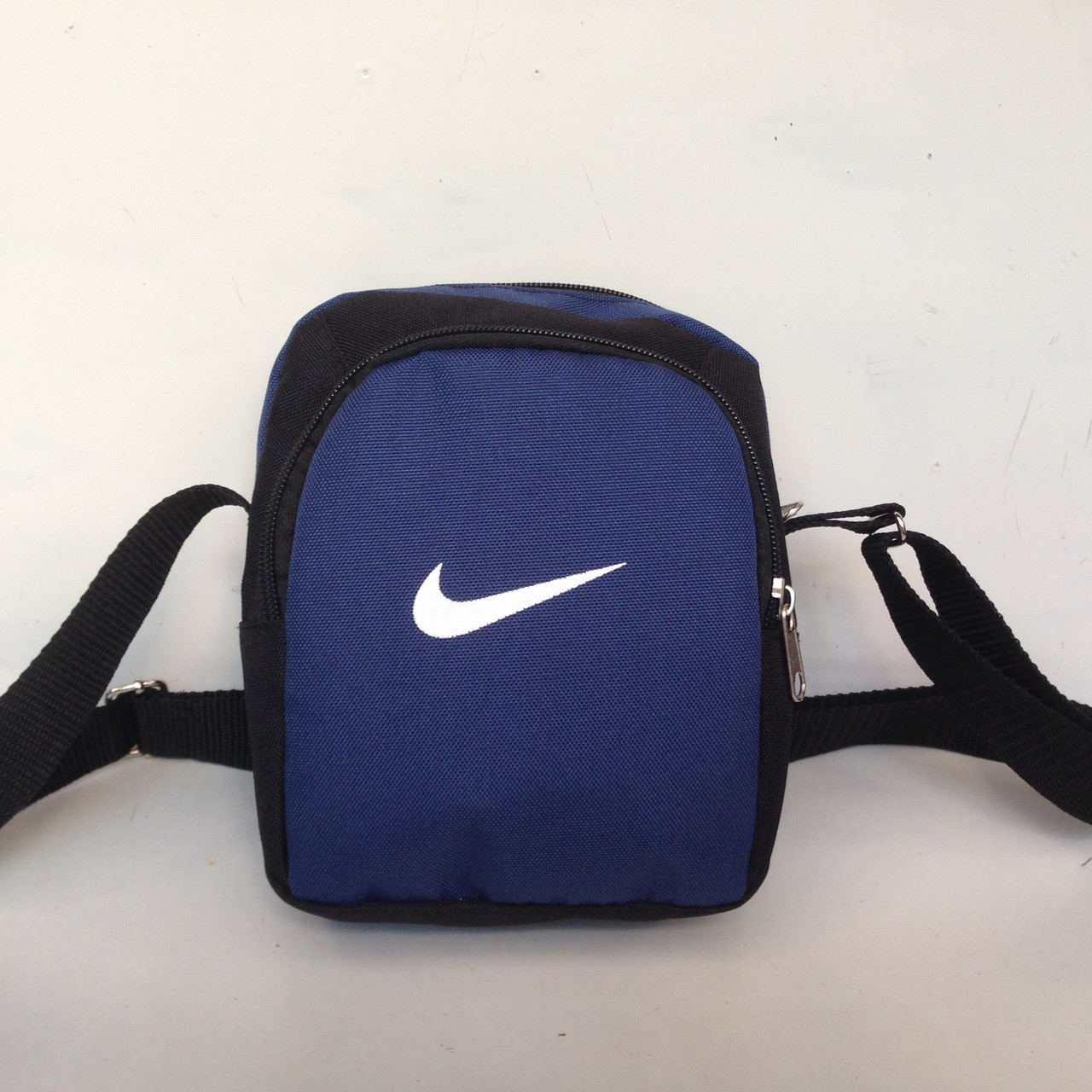 Сумка спортивная мужская Nike