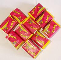 Жевательная резинка Love is  100 шт в ассортименте Вишня-Лимон