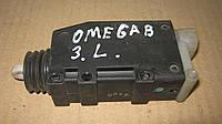 Механизм открывания дверей Opel Omega B, 90449074