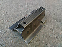 Поддомкратник (кронштейн домкрата) задний правый ВАЗ-2121, 21213, 21214