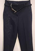 Школьные брюки для девочки с вышивкой  0107/30